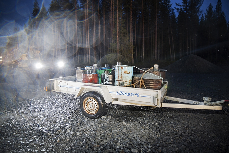 Trailer with stoves